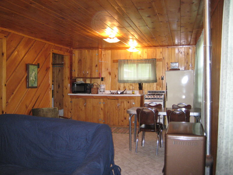 rivers-edge cabin