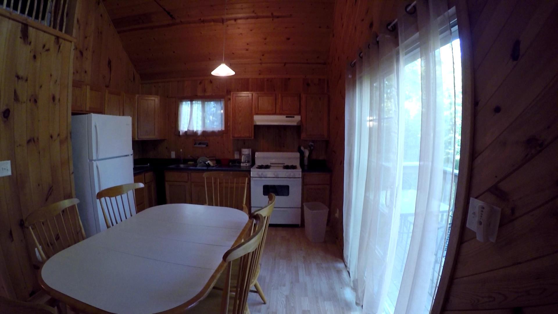 Voyageur-Kitchen-